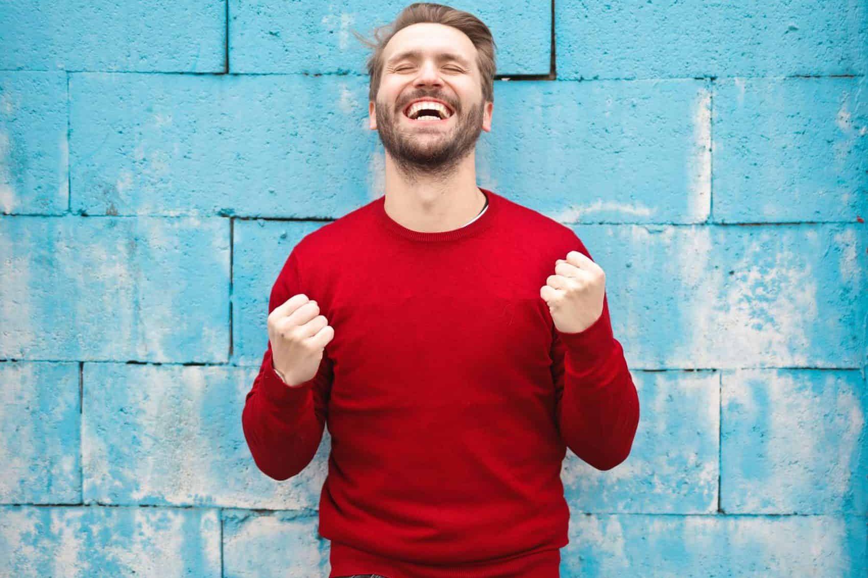 man-in-red-crew-neck-sweatshirt-photography-941693